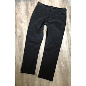 Lucky Brand Jeans - 🍀 Lucky Brand• Athletic Slim Black Pant